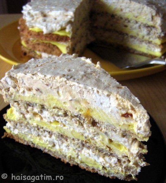 TORT EGIPTEANFood Recipes, Romanian Sweets, Torte Egiptean, Img 27099, Romanian Recipe, Romanian Cake, Romanian Food, Cooking Recipes, Egiptean Img