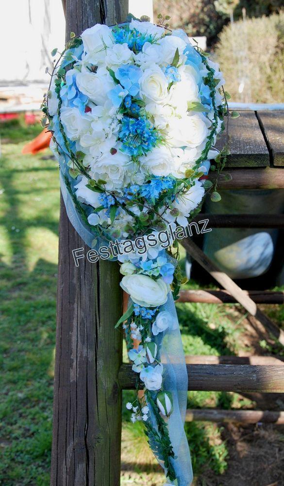 Brautstrauß in Tropfenform mit Seidenblumen in zartem blau weiß gehalten