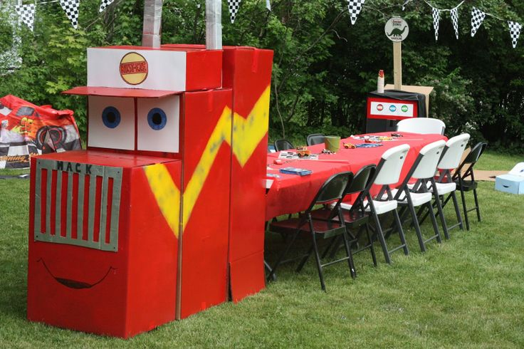 table idea for semi truck party theme
