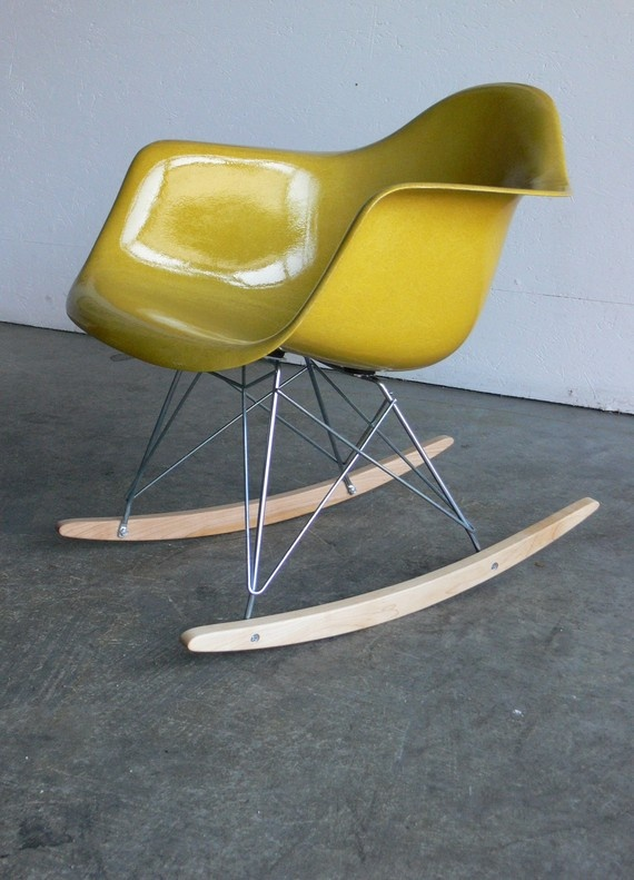 14 best one en mooie meubels images on pinterest chairs product design and architecture - Husk chair replica ...