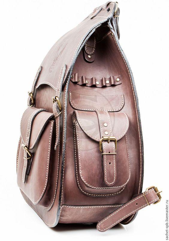 Кожаный Рюкзак Байкер - из шорно-седельной кожи – купить или заказать в  интернет-магазине на Ярмарке Мастеров   Кожаный Рюкзак Байкер - это эк… bb5b7fc6dc9