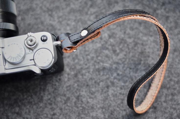 An Ending / Poutko na fotoaparát