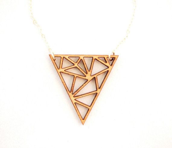 Small Triangles Necklace Laser Cut Necklace por foliadesignsf, $46.00