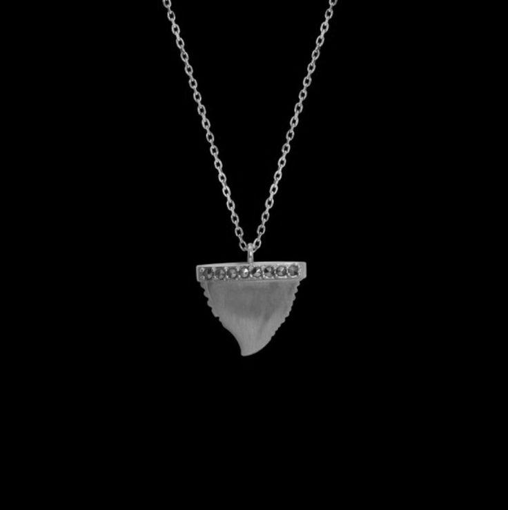 Feidt Paris Eye Ibiza Necklace in 9K Gold and Grey Sapphire WHgUq6R