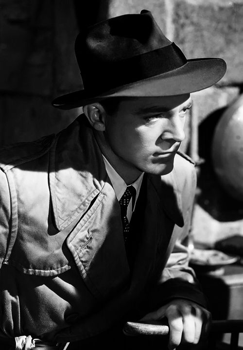 Dana Andrews in Laura  (Otto Preminger, 1944)