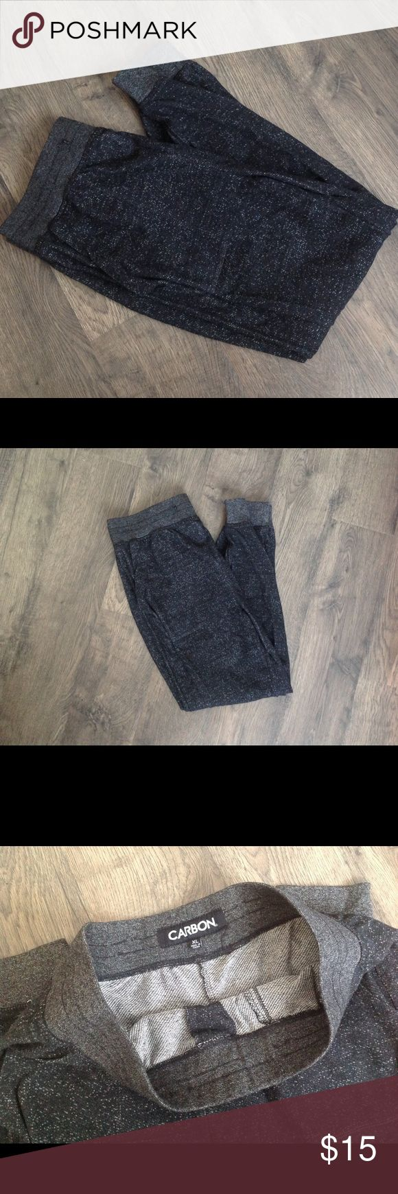 Men's Lightweight Joggers, Sweatpants, XL Men's lightweight jogger sweatpants in Dark Grey, size XL. These have been worn a few times, but are still in great condition. They no longer fit my husband. Will consider any reasonable OFFERS! Carbon Pants Sweatpants & Joggers
