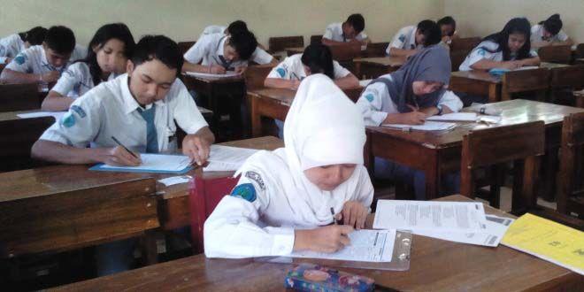 Edupost.id – Kasus siswa SMAN 4 Bandung yang tidak naik kelas karena mendapat…