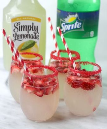 Strawberry Lemonade Spritzer + Easter Dinner Tips