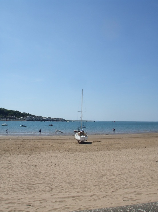 Instow, North Devon, England #bestbeaches #holidaycottages www.holidaycottages.co.uk/holidays/devon/north-devon/bideford