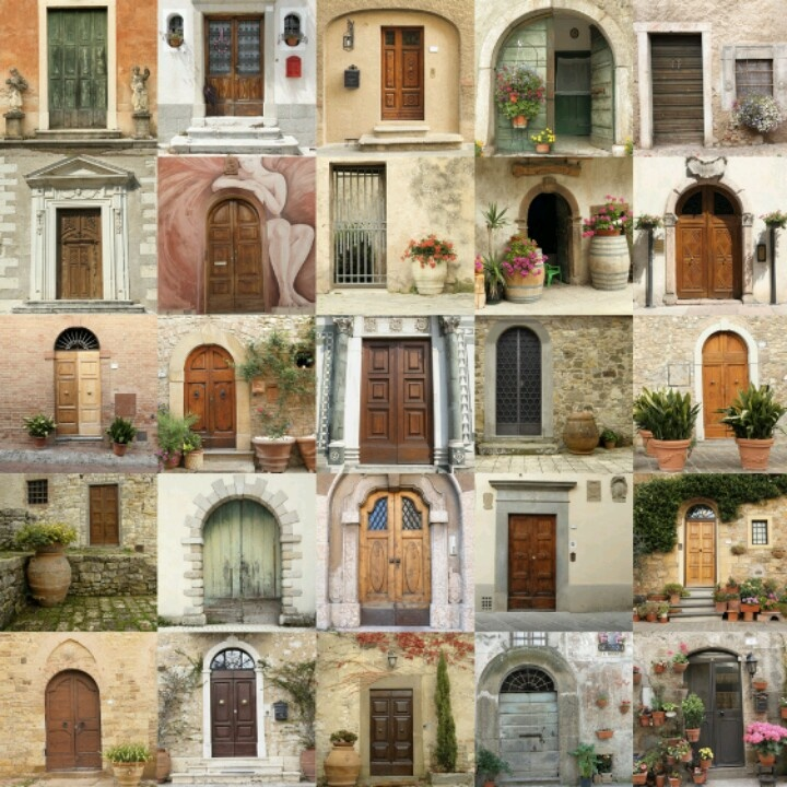 retro doors in Italy