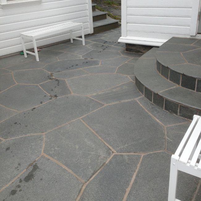 Bild från http://www.stenhulth.se/bilder/skiffer/skiffer_altan.jpeg.