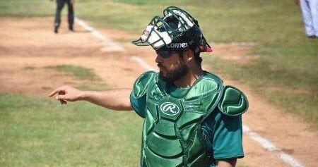 El veracrzuano Humberto Sosa fue requerido para jugar en la Liga Mexicana del Pacífico con los Yaquis por lo que deja a los invictos Tiburon...