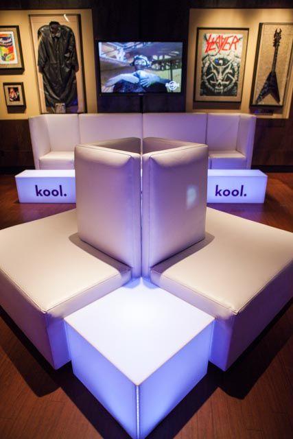 Koda + Geo Cubes + Geo Tables