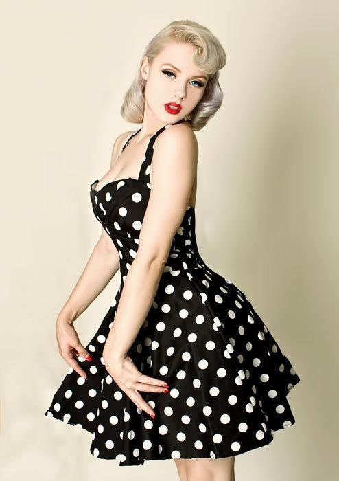 vestidos pin up - Buscar con Google I LOVE this this and makeup look...