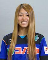 スペランツァFC大阪高槻の選手。MFの成宮 唯