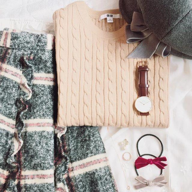 * UNIQLO хлопок кашемир вязать 💕 Я также приветствую 😌 I ребра также мило, кабель также и потому что я купил тебе Bebirote ♪ 3-х цветов, так что я думаю, также носить, чтобы случайно в мило 😍 девчушки 😊💕 * * # Снейдер # проверка # юбка # Uniqlo # хлопка кашемир # кабеля свитер # кашемир # Дэниел Веллингтон # главной # лента # шкатулка # лента # мило # осень # Corde # мода #snidel #uniqlo #danielwellington # ca4la # мода # код # Ootd #outfit
