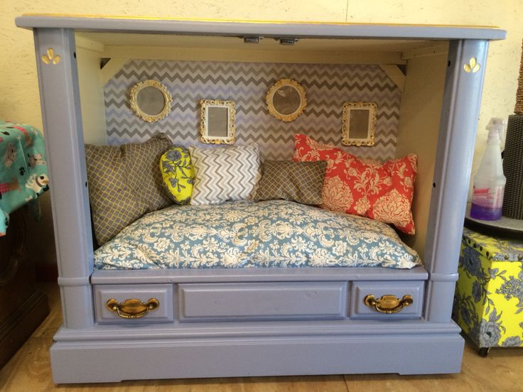 Hand made tv console pet bed by fabulous paws!