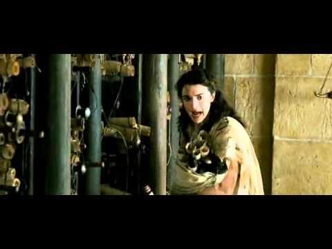 """Ágora (2009) / Alejandro Amenábar.  Teón -- """"Dejen los de menor importancia"""". Estudiante -- ¿Y cuáles son esos, maestro?. Hipatia: -- ¡Sólo toma los importantes, rápido!"""