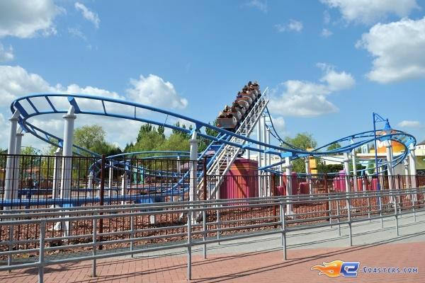 9/11 | Photo du Roller Coaster The Barkyardigans - Mission To Mars situé à Movie Park Germany (Allemagne). Plus d'information sur notre site http://www.e-coasters.com !! Tous les meilleurs Parcs d'Attractions sur un seul site web !! Découvrez également notre vidéo embarquée à cette adresse : http://youtu.be/ztvRclHdpwQ