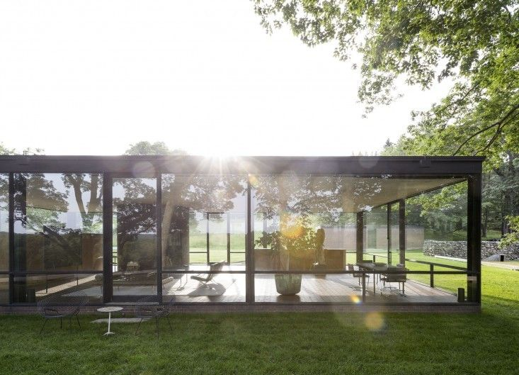 The-Glass-House-Philip-Johnson-New-Canaan-Connecticut-Matthew-Williams-Remodelista-8