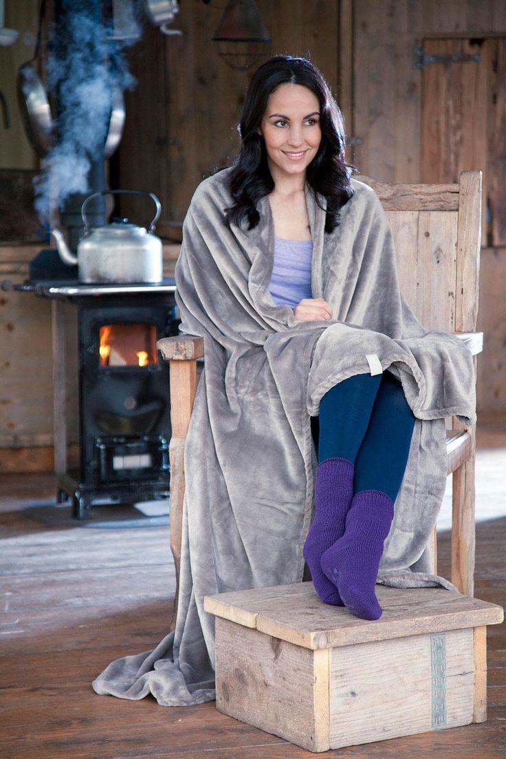 Heat Holders Electric Throw Blanket, $30