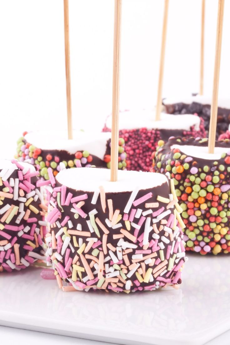 Recipe including course(s): Entrée; and ingredients: marshmallows, semi-sweet chocolate chips
