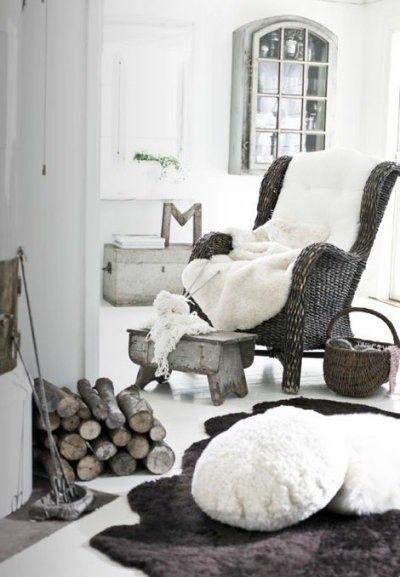A black & white take on Rustic Lodge. Amazing. #kathyhuohome #RusticLodge