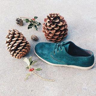 Téli hangulatban :) #cargomoda #maians #budapest #hungary #divat #fashion #shoes #socks #fashionlover #fashionaddict #fashionblogger #design #fun #photooftheday #bestoftheday #men #women #footwear #inspiration #smile #happy #color