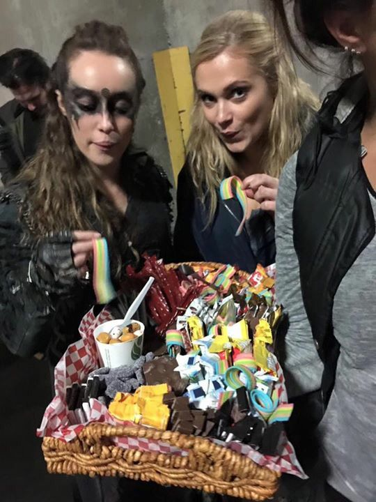 """heda and wanheda"" im sorry did you mean cinnamon roll and cinnamon roll?"