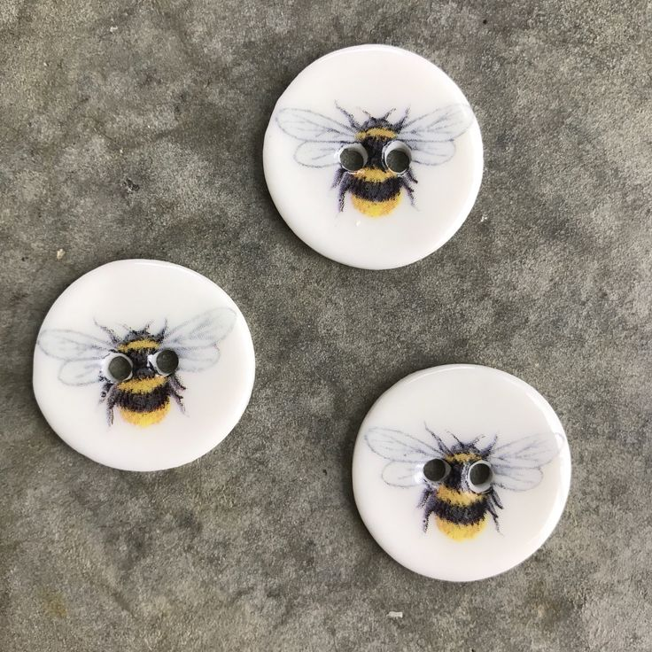 My new handmade porcelain buttons featuring some of my favourite critters - Bees! I love seeing them busy in my garden amongst the fruit trees & lavender.   These 3 buttons can be found for sale in my Facebook Shop and on my website:(www.imadeitforyou.com.au)