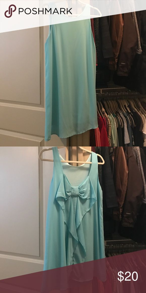 Cute Aqua Blue Dress Only worn once, cute, comfy. Everly Dresses Midi