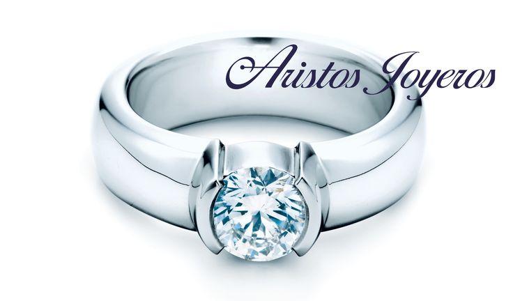Anillo oro blanco diamante en medio bisel, diseño elegante de compromiso!!