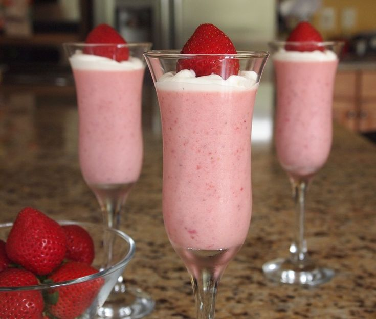 Strawberry Mousse Easy Seasonal Dessert Party Plan