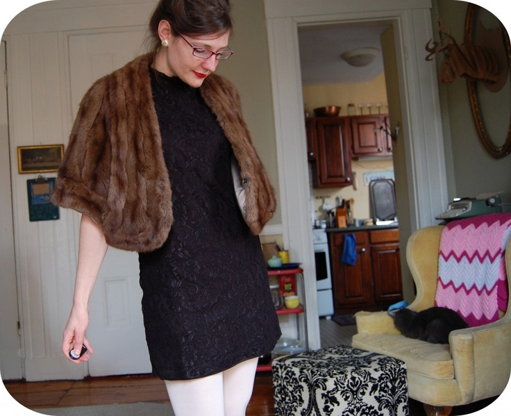 Vintage inspired Little Black Dress from @jeezejulia