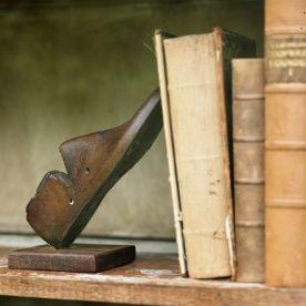 2 fermalibri a forma di scarpa