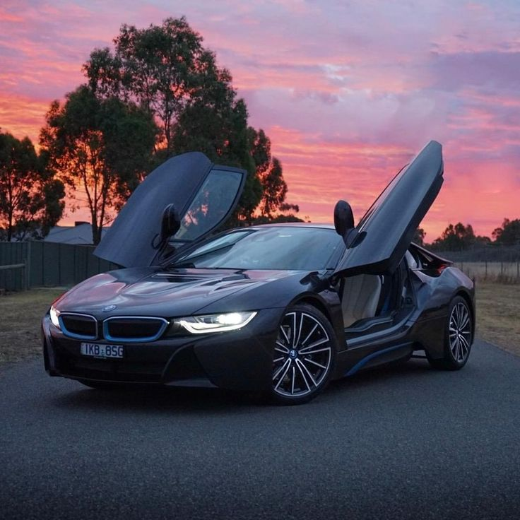 Redefining the ride home. The BMW i8 Coup.