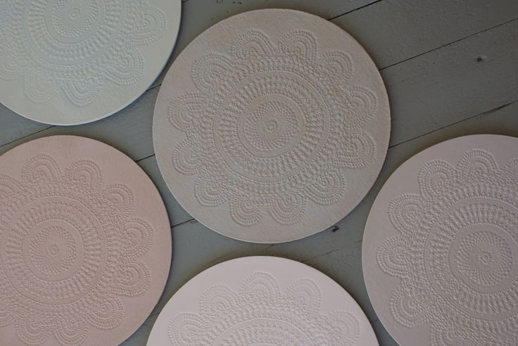 Willa plates for all occasions. Food, candles, cakes and decor... use your imagination!