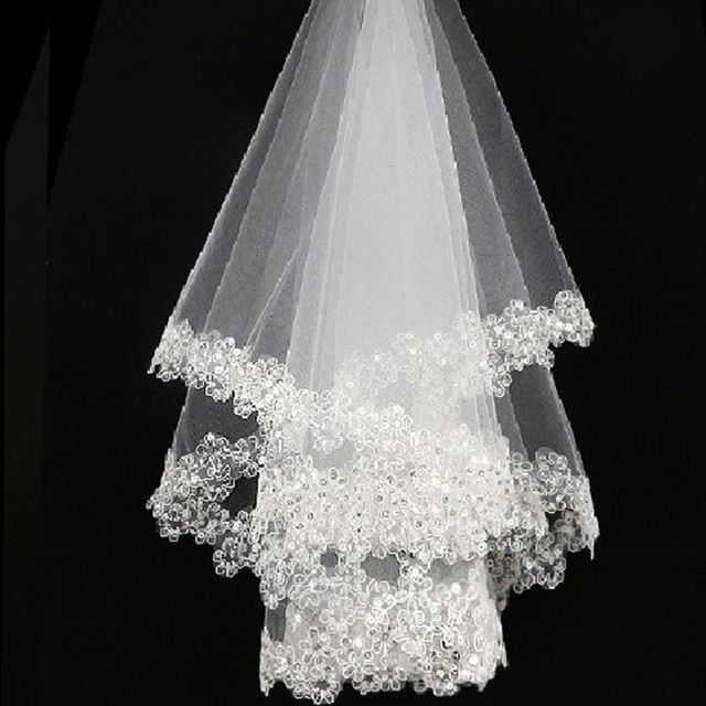 Ivory White Wedding Veil Wedding Accessories Lace Cheap Stock Sequined Lace Edge One-layer Wedding Veil Bridal Veil 60cm