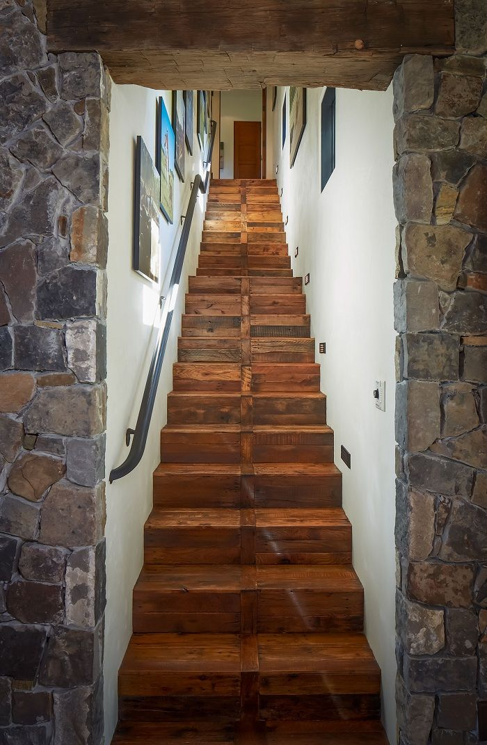 Pallet Wood Flooring Stairs