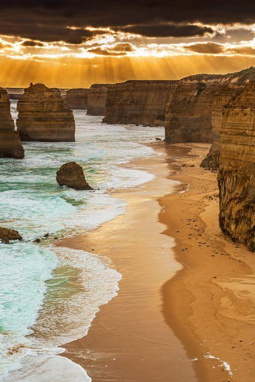 12 Apostles, Victoria, Australia Added to the list @beccajfish