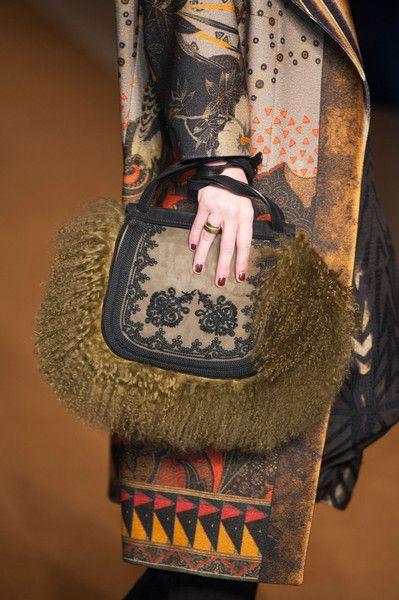 Etro / Fall 2014 / High Fashion / Ethnic  Oriental / Carpet  Kilim  Tiles  Prints  Embroidery Inspiration /