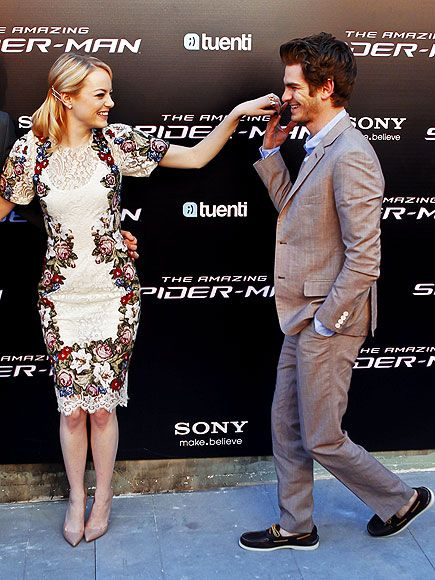 Love her dress!!!  MUY CALIENTE IN MADRID photo | Andrew Garfield, Emma Stone