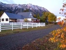 Equestrian Property for sale Farm for sale in Cle elum, Washington :: HorseClicks