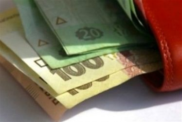 Уряд заявив про намір збільшити зарплати вчителям у 2018 році