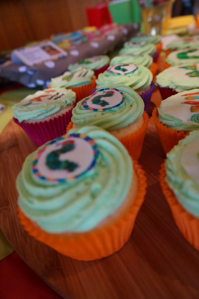 Hungry Caterpillar Cupcakes. @shanschlotts