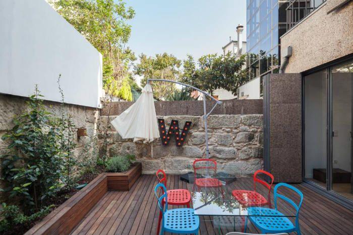 15 υπέροχες ιδέες για φράχτες και μάντρες!  #design #diakosmisi #minimal #tips #αρχιτεκτονική #διακόσμηση #έμπνευση #ιδέες #ιδεεςδιακοσμησης #κήπος #κηπουρικη #λουλουδια #μαντρα #μοντέρνο #ξυλο #περιφραξη #σπιτι #φραχτες #φραχτης #φυτά