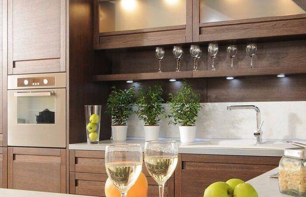 Открытые полки на кухне: идеи, плюсы и минусы