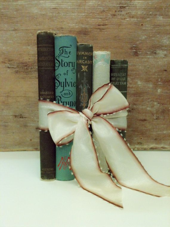 Beautiful Vintage Books for Bridal Shower,Baby Shower,Table Decoration for Wedding or Home Decor