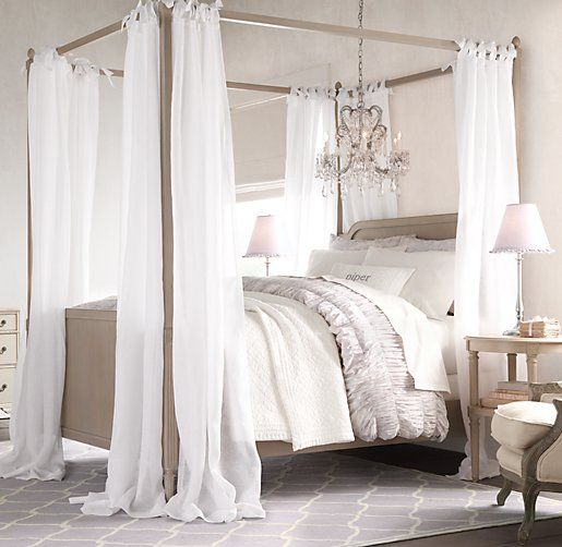 Emelia Canopy Bed