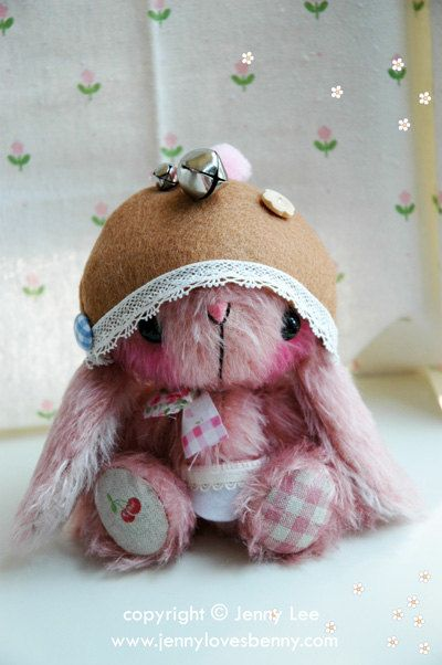 TOOTI JAPANESE ANIME BUNNY RABBIT PATTERN AND COMPLETE KIT  BY JENNY LEE & JENNYLOVESBENNY BEARS    Size: approx 16cm/6.5inches tall when made up
